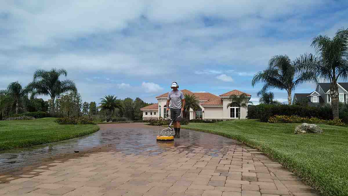 Pressure Washing Clearwater, Professional Cleaning Service